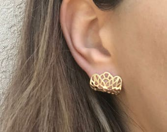 LACE-Gold Earlobes Earrings,  Lace Earrings, Minimalist Gold Plated Silver Earrings, Hypoallergenic Earrings
