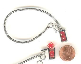 Vintage 1950's Silver Tone Bracelet With Caged Bakelite Dice Charm NOS No. 947