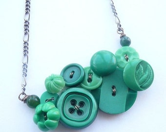 Holiday Jewelry Sale Button Jewelry Bright Green Flower Necklace