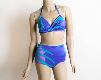 Vintage 1970s Bikini - Jantzen Purple Tropical Print Two Piece Bathing Suit - High Waist 2-Piece - Small