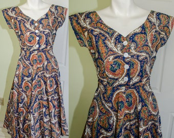 Vintage 1940's Paisely Print Cotton Day Dress
