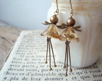 Gold and Brass Blossom Earrings With Pearl Vintage Style Holiday Jewelry Fall Fashion Gifts Under 40 Flower Jewelry Floral Fall Autumn