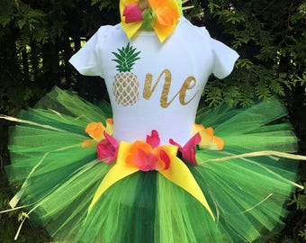 Baby Luau Outfits, Baby Girl 1st Birthday Outfit, Luau Dress, Luau Birthday Outfit, Pineapple Luau Party
