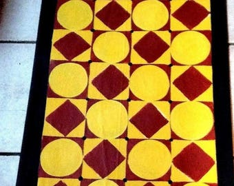FLoorcloth /  hand painted rug/ Country Primitive/  3'x6' / Colonial Red, French Gold & Black