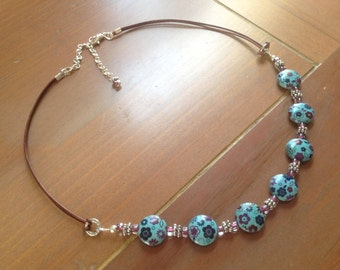 Turquoise Ceramic Necklace with Flowers and Leather