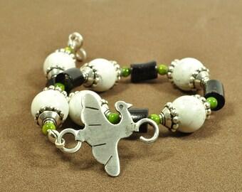 Dove bracelet | turtledove bracelet | bird bracelet | bead bracelet