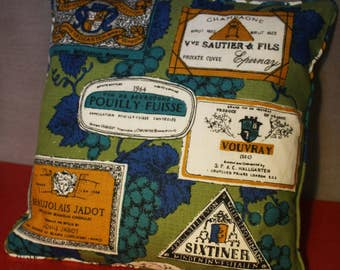 """15"""" piped cushion cover French Wine Labels Grapes"""