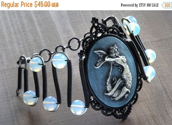 SALE 25% OFF - Jewerly - Bracelet - Mermaid cameo with Opalite moonstone