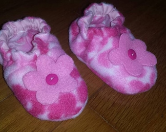 Flower baby shower gift infant booties newborn slippers crib shoes soft PINK fleece handmade FREE shipping