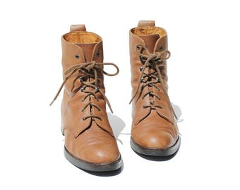 Vintage Italian Walnut Brown Leather Ankle Boots / size 9
