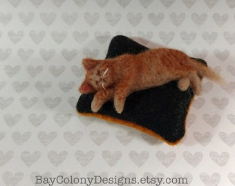 Pincushion with Needle Felted Yellow Tabby Kitty Cat Pincushion - READY TO SHIP (121115)
