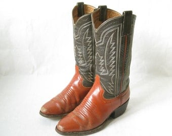 Vintage Two Tone Distressed Cowboy Boots. Size 9 Women's