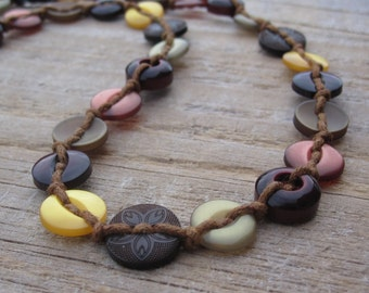 Delicate button necklace in autumn colours - limited edition
