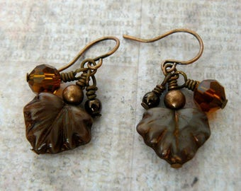 Brown Leaf Earrings, Brown Leaves with Pearl Dangles, Brown and Copper Earrings, Leaves with Amber Crystals, Autumn Colors Jewelry