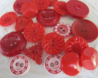 Vintage Buttons - Cottage chic mix of red lot of 20 old and sweet( jan 86-17)