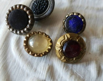 Vintage button- Beautiful, 5 assorted small fancy Victorian waistcoat glass and jewel centers, antique  metal setting (feb498 17)