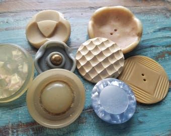 Vintage Buttons - Lot of 8 assorted large celluloid, cream and pastel blue novelty, 50's Retro, (may 356 17)