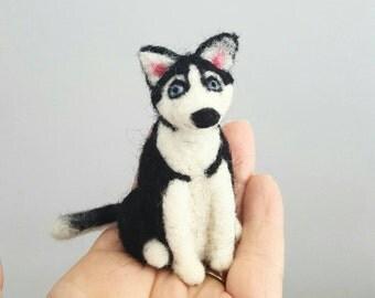 Needle felted Siberian husky ornament, Custom dog ornament, Dog memorial, Felted miniature, Dog lover gift, Custom pet portrait