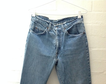 Late 80s, Early 90s Levi's, Mid Blue High Rise Rigid Denim Jeans 30x32 Perfectly Worn Premium Denim Size S AU 10