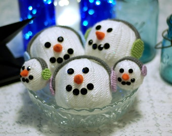 PATTERN: Happy Snowball Decor in Plastic Canvas