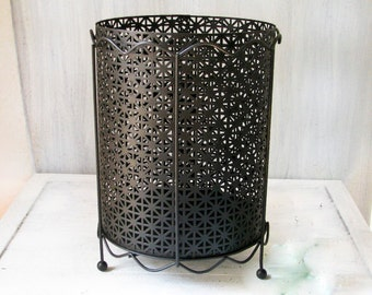 Waste Basket, Vintage Waste Basket, Metal Waste Basket, Bathroom Waste Baket, Bedroom Waste Basket