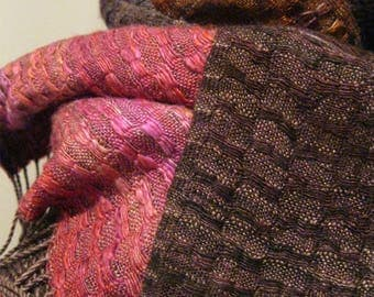 Handwoven Silk and Wool Scarf: Sussurus