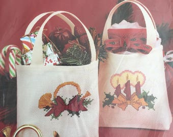 "OOP New 1991 Janlynn Christmas Cross Stitch  kit  #977-597 By Jean Farish Homespun Holiday Lil' Totes  set of 2 5"" x 5""  x 12"""