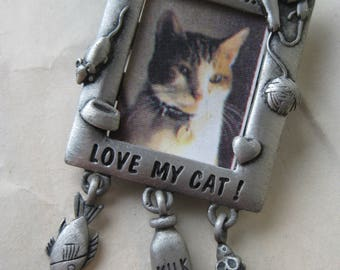 Love My Cat Picture Frame Brooch Silver Pewter JJ Pin Vintage Pendant Dangle