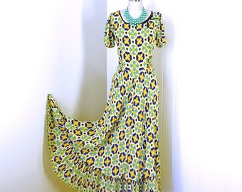 vintage 1940's dress ...lovely DALE HUNTER cold rayon graphic novelty print bustle back pin-up starlet maxi party dress ooooh la la