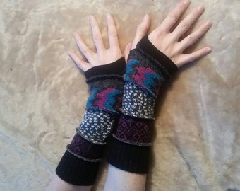 Patterned multi color Grey and Black woolen armwarmers fingerless gloves