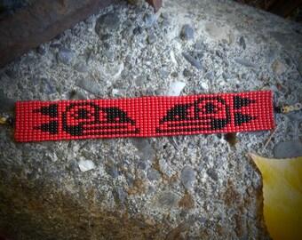 Loom beaded bracelet. Haida.Crow.Raven.