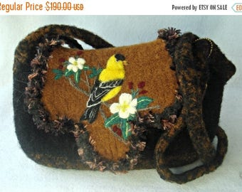 MY BIRTHDAY SALE Felted Purse, Felted Handbag, American Gold Finch Art, Bird Art,hand knit purse, wool purse