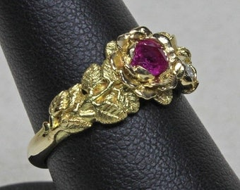 Pink Sapphire and diamond rose ring in 18K gold size 6