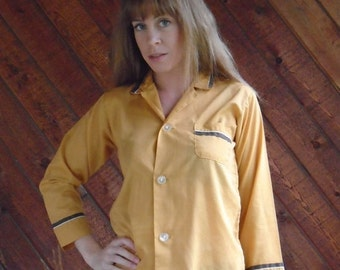 extra 30% off sale . . . Gold and Brown Tipped LS Button Down Pajama Style Shirt Top - Vintage 70s - XS S