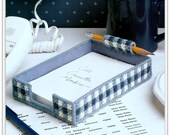Desk Note Pad Holder Pattern - PDF PC561722 - Fits 4 x 6 Inch Paper - Plastic Canvas