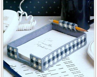 Desk Note Pad Holder Pattern - PDF PC561722 - Fits 4 x 6 Inch Paper - Plastic Canvas
