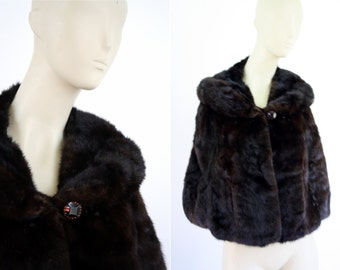 Vintage Real Fur Capelet Designed by Kay Anos Furs Grosse Point Michigan