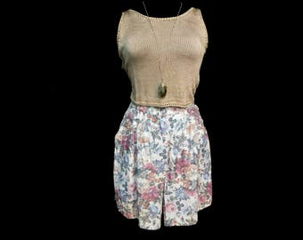 Vintage 80s Pleated High Waist Shorts Watercolor Floral Pastel Rayon Pockets M Medium 6 8