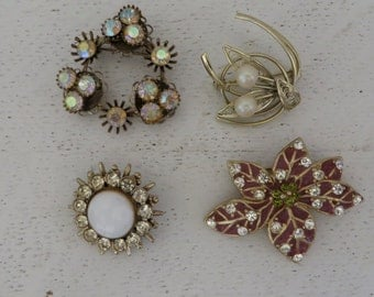 Lot Four Vintage Costume Brooches