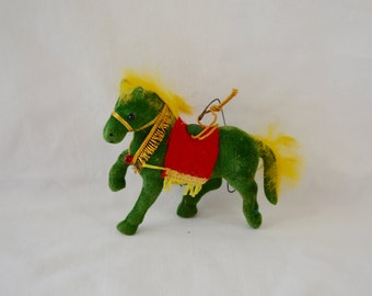 last chance Vintage CHRISTMAS HORSE ornament 1960's xmas felt made in hong kong