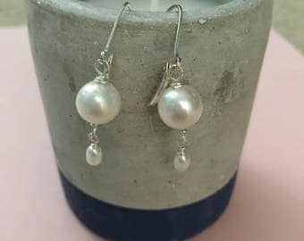 Mother's Day Pearl Earrings, White Pearl Earrings, Pearl Dangle Earrings