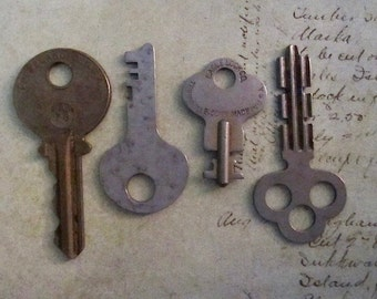 Vintage old keys- Steampunk - Altered art B87