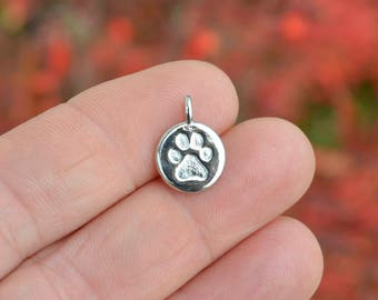 1 Bright Silver Plated Dog Paw Charm SC4055