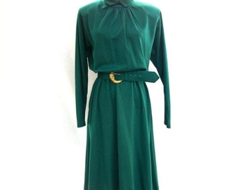 SALE 80s Dark Green Knit Dress size Medium Large Turtleneck Full Skirt