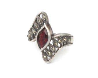 Garnet Ring Marquise Stone Marcasites Sterling Vintage Size 6 1/2