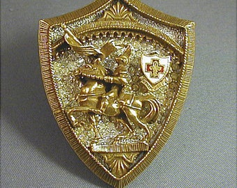 Corocraft Large Coat of Arms Knight on Horse Brooch