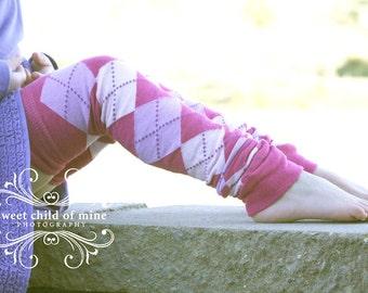 Fuchsia Argyle Girls Leg Warmers