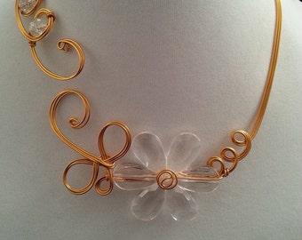 Open collar necklace, golden wire jewelry, wedding jewelry, flower jewelry, bridesmaid jewelry, design jewelry