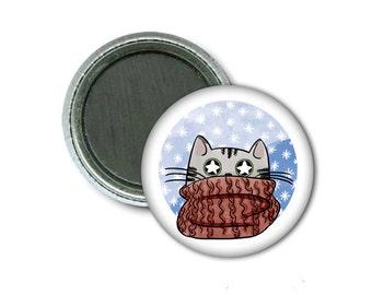 """1"""" Magnet/Scarf Cat"""