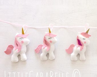 Unicorn garland, handmade. Pastel pink and soft white with glittery horn and manes. Banner, nursery decoration, little girls bedroom decor